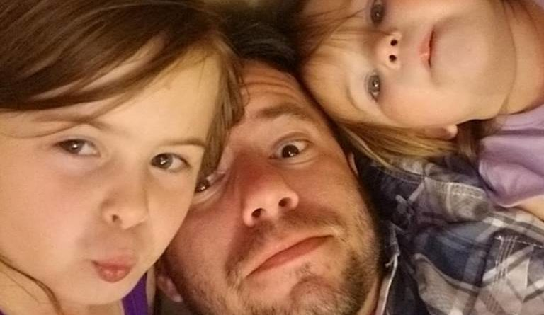 Single Dad With 2 Daughters