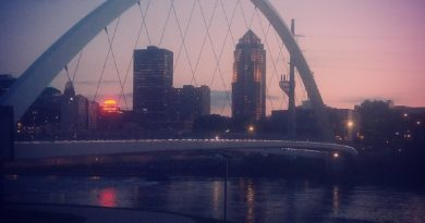 women of achievement bridge in Des Moines Iowa