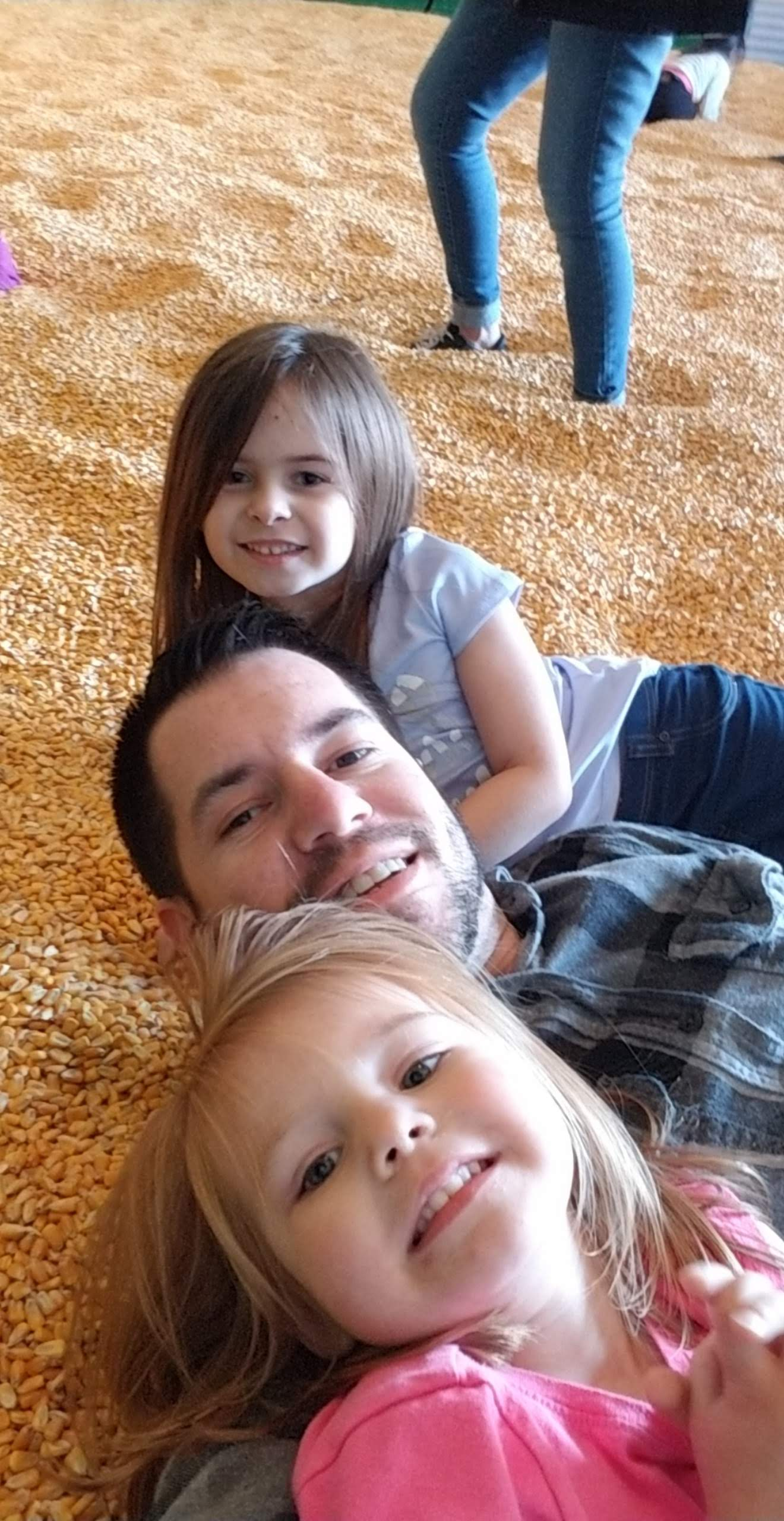 Dad Facebook Pumpkin Patch With Daughters